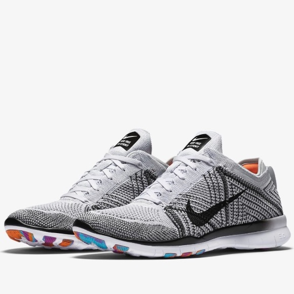 wholesale dealer 0ae82 5574a Nike Free TR 5 Flyknit Women s training shoe. M 5af4c4ad8af1c539f664afb8